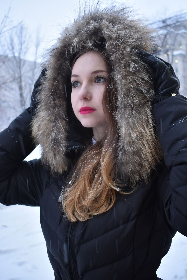 ❄️ A snow flake is winter's butterfly. 📸 Photographer: Yehuda harroch  👉 https://www.easyflash.co/
