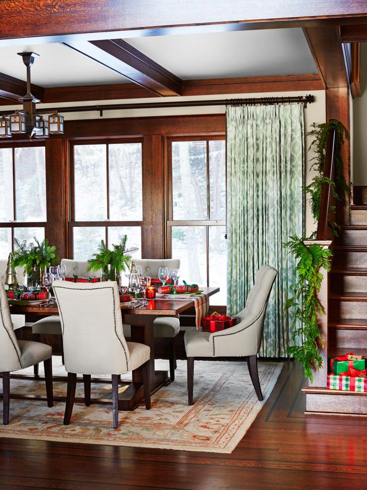 A Winter Holiday Family Home Dinner RoomTufted