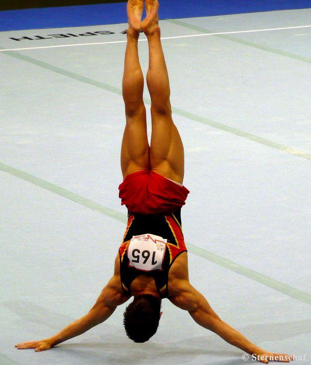 LOOK at those thighs! HOLY SHIIT. (German Men's Gymnastics Team)