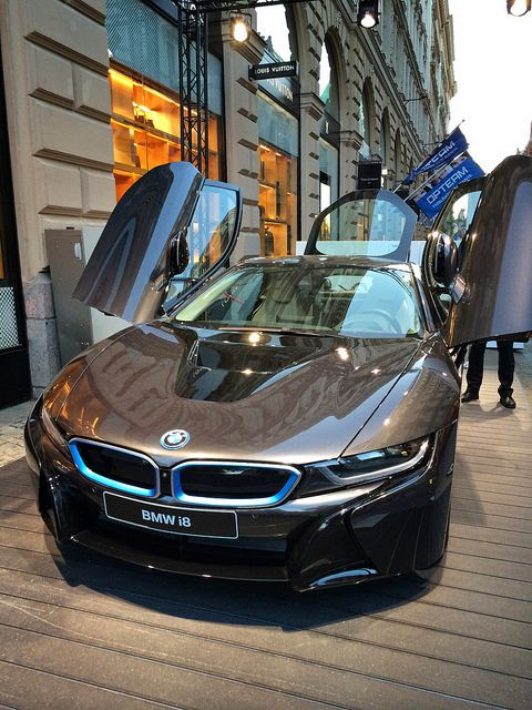 BMW i8  Repin this then join me at my blog at http://tomhandy.co