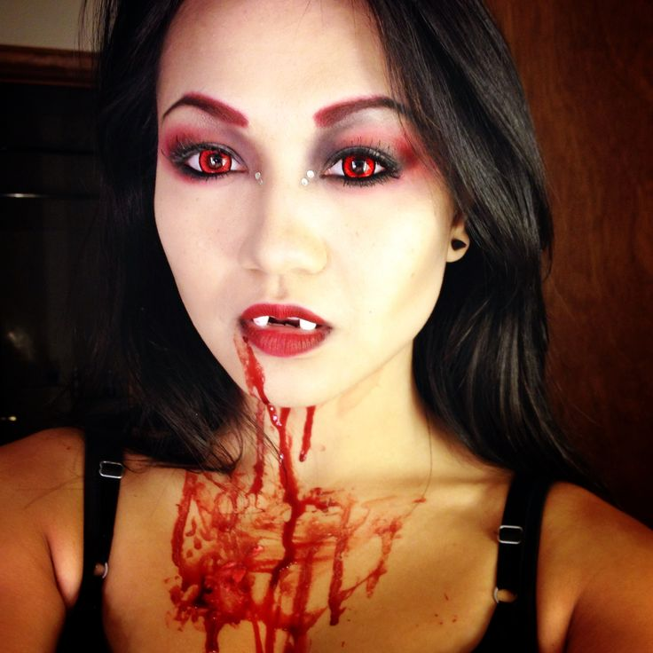11 Ways to Do Vampire Makeup for Women