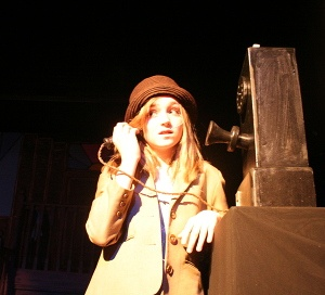 Brilliant prop - lovely old phone for your 1920s bugsy Malone show - pretty easy to make as well!