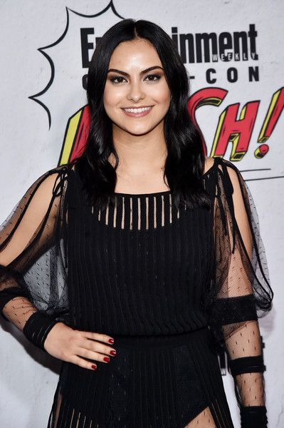 Pin By Emily Loves Baseball On Riverdale In 2019 Camilla Mendes