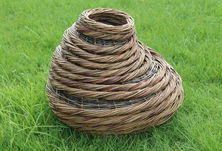 Blithfield Willowcrafts - Form basket