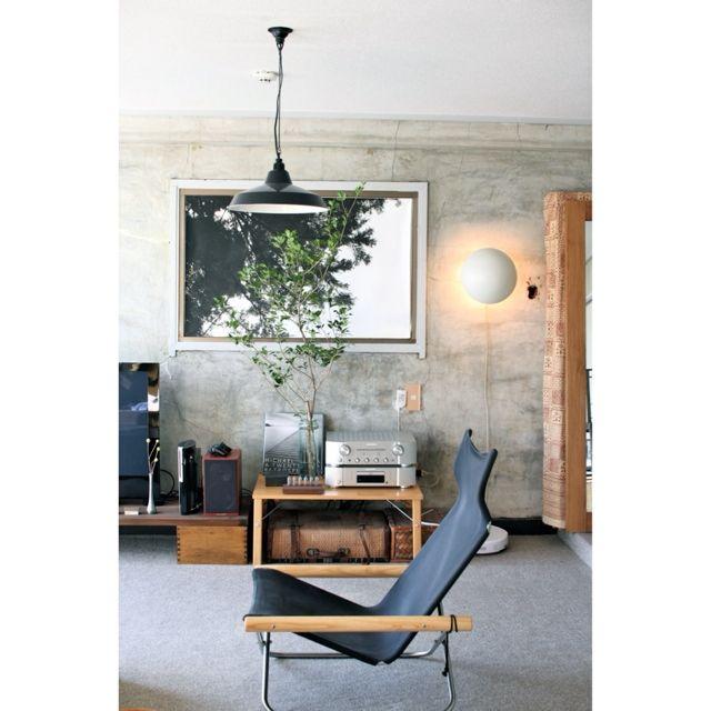 EVOBさんの、ニーチェア,照明,植物,オーディオ,壁,セルフリノベーション,リビング,のお部屋写真