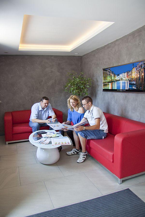 Obsługa klienta w firmie Astex Puczyńscy oraz prezentacja nowości, które znajdziecie również tutaj: http://www.astex-tynki.pl/produkty/nowosci/