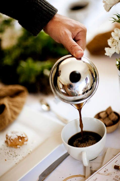 a cup of coffee: a Seattle coffee cupping party via D*S