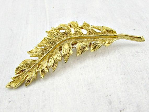 Vintage Long Gold Leaf Brooch Pin, Fall Autumn Leaf Brooch, Elven Leaf Brooch, Woodland Jewelry, 1960s Costume Jewelry by RedGarnetVintage