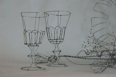 objets fils de fer sculptures et objets: Coussin & Verres