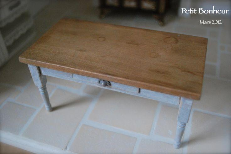 La table de la cuisine- Petit Bonheur