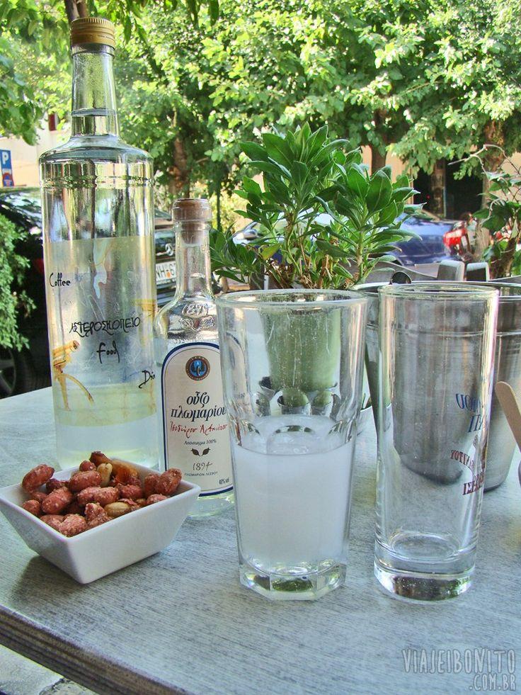Ouzo, ou uzo, a deliciosa bebida destilada grega que deve ser apreciada com muita moderação