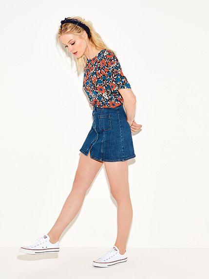 The girl in the denim skirt, , medium