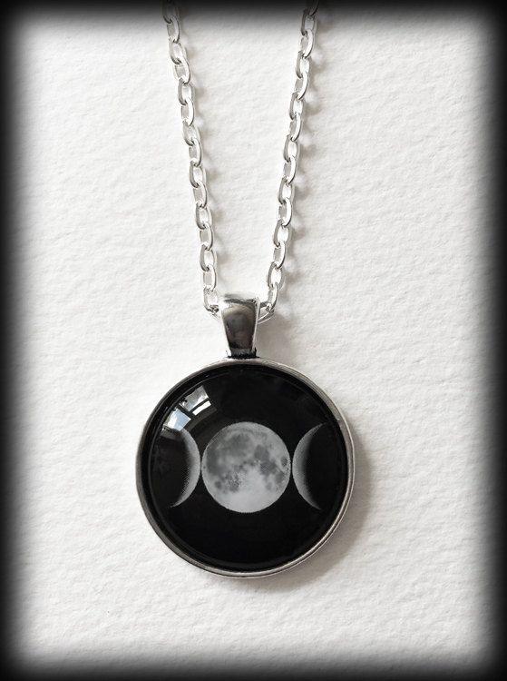 Glas Cameo Gothic Halskette - dreifache Göttin-Moon - Wicca Hexe Pagan