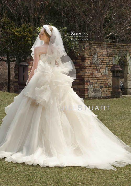 ウェディングドレス プリンセスライン 背 Jill Stuartのドレスの可愛さよ…