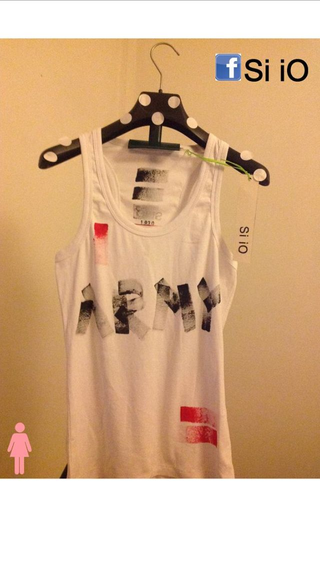 Canotta #moda #siio #siiotshirt #dipintaamano #unica #estate2014 #fashion #italianstyle #army #red #black #siioabbigliamento #woman