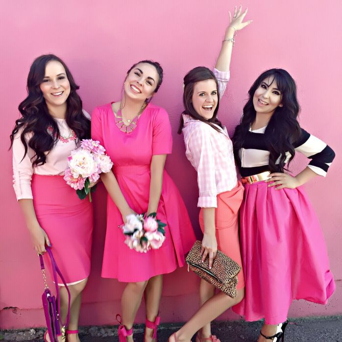 Happy National Pink Day! Utah modest fashion bloggers!