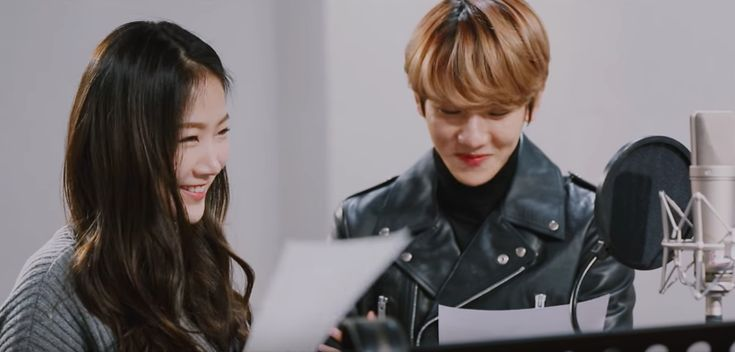 """SISTAR's Soyou And EXO's Baekhyun Achieves Chart-Topping Success In China With """"Rain"""" 