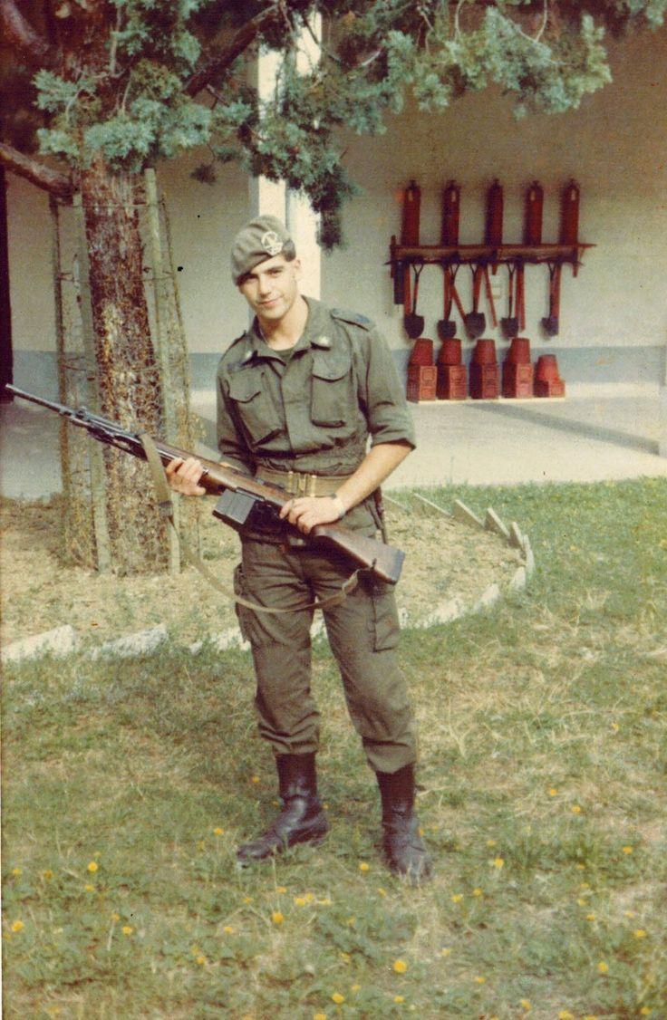 Giancarlo Fornei durante il servizio militare nel 1981-82 - di guardia alla polveriera (Arezzo - Toscana)