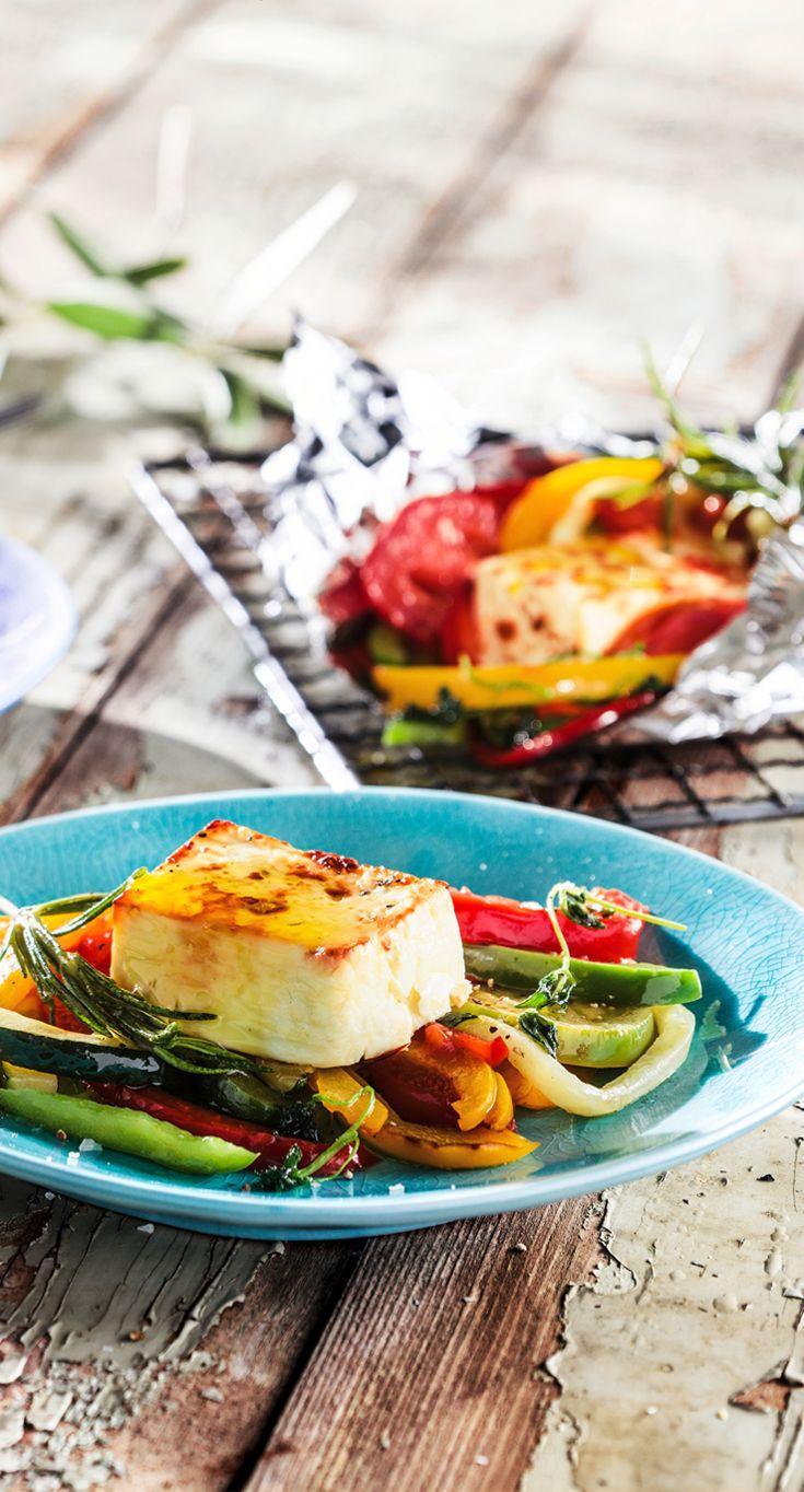 Patros Grillpäckchen mit Gemüse #patros #kaese #rezept #feta #grillen #paprika #zucchini