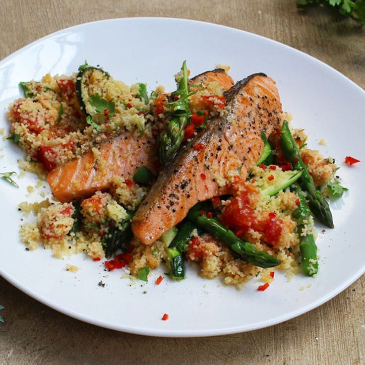 Salmon + Cous Cous = Jamie Oliver's Quick Dinner Solution! ‪#‎whatsfordinner‬ #Woolworths #recipe #Dinner #Salmon #CousCous #JamieOliver http://bit.ly/Salmonandcouscous