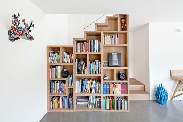 Visita el ático de Co Govers La librería U, diseño de la arquitecta, permanecerá en la casa.