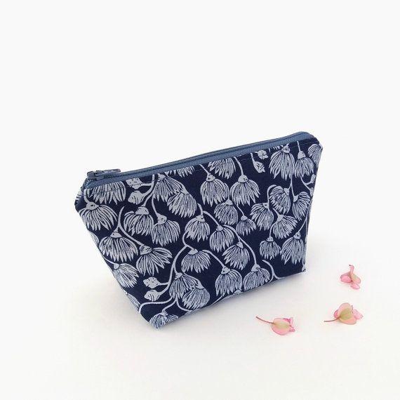 Lovely little travel bag.   Indigo makeup bag Blue makeup case Small zipper by greylittlemouse
