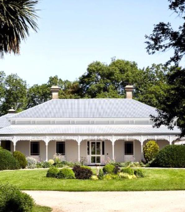 Typical Australian Homestead With Wraparound Verandah Australian Country Houses Homestead House Australia House