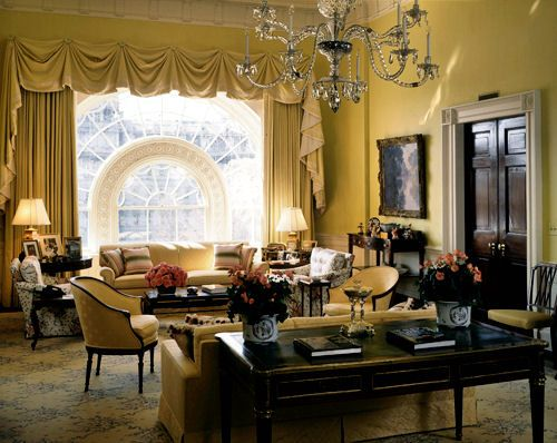25 best first lady decor images on pinterest jackie for Decor quarters