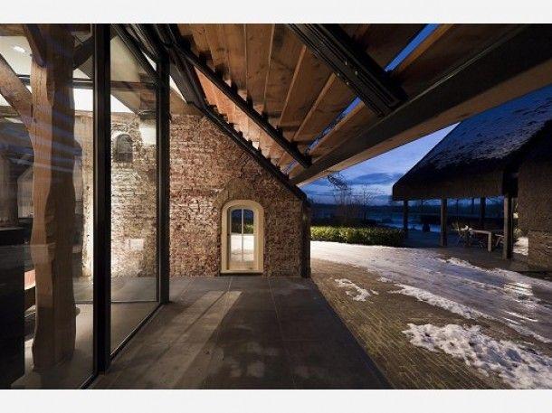 17 beste idee n over moderne boerderijen op pinterest moderne boerenwoning decor country - Oude huis gevel ...