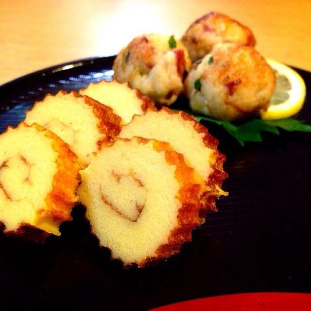 ☆栗ときのこの炊き込みご飯 ☆鮭のかま ☆イカのアレ(正式名称不明) ☆季節外れのミニミニ伊達巻 ☆残ったはんぺんで梅大葉団子 ☆シジミ出汁のワカメのお吸い物 ☆ともさん♡のパンプキンプリン(〃)´艸`)オイシー♪  を作りましたが…また消しちゃいました。・゜・(ノД`)・゜・。 iPadのフォトストリームはオンにしたのに 自分のiPhoneのフォトストリームがオフで写真が残っていませんでした(/□≦、)  機械オンチのコンチキショーめぇ(/□≦、)   今回は焼き魚定食で画的に地味だったし諦めます(/□≦、) - 403件のもぐもぐ - また消しちゃったーー(/□≦、)途中経過の写真撮っておいて良かった…【季節外れのミニミニ伊達巻に初挑戦(≧▽≦)ゞと余ったはんぺんで梅大葉団子】 by pegasasukira