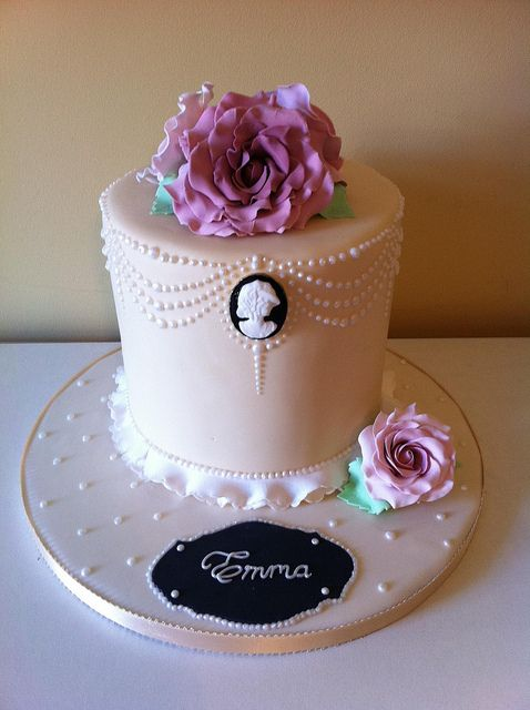 Vintage/cameo cake by Cakes by Lea, via Flickr
