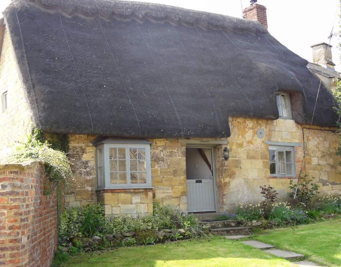 389 best thatched roofs images on pinterest english homes