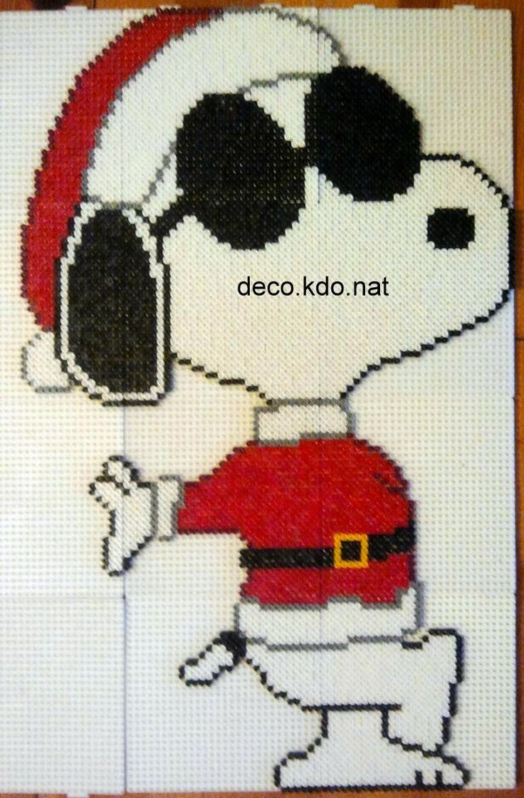 Christmas Snoopy hama perler beads by deco.kdo.nat
