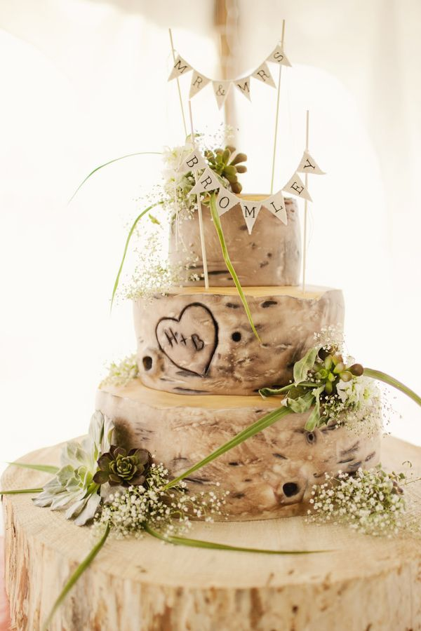 An awesome idea for a rustic weddings cake.: