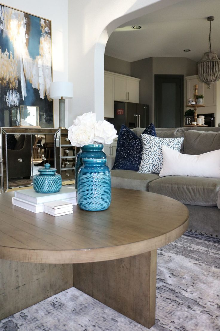 How To Accessorize Like A Pro Blue Accents Living Room Neutral