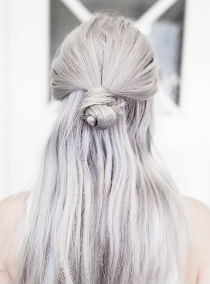 Idk how I feel about grey hair but some girls can make it look elegant.
