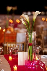 Calla lily centerpiece - with the ribbon around the stems in our colour