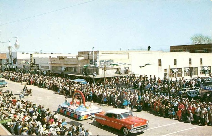 1957 Chevy Parade - Shamrock, TX
