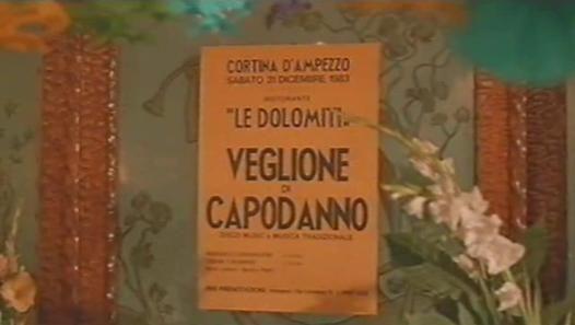 Guarda il video «Vacanze Di Natale 1983 - Christian De Sica & Massimo Boldi 2°Tempo» caricato da Bimbo su Dailymotion.