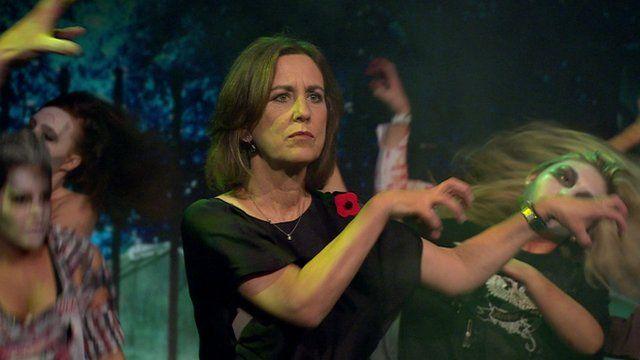 BBC News - Newsnight's Kirsty Wark dances Michael Jackson's Thriller