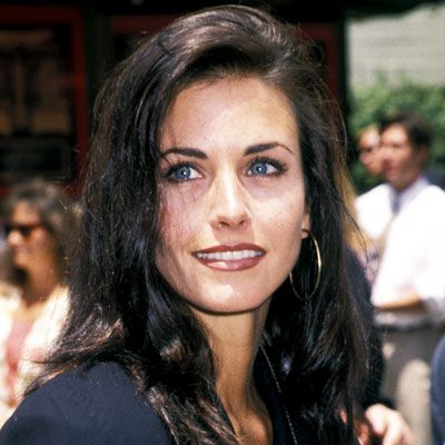 Look of the Day photo | Courteney Cox - 1992