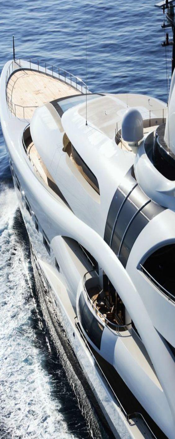 Yacht club assholes