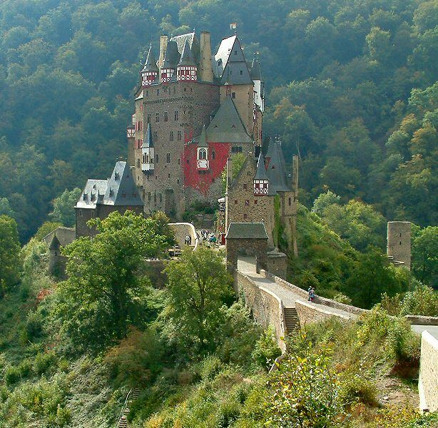 Eltz Castle, Germany: Photo Eltz, Travel Dreams, Beautiful Places, Germany Architecture, Germany Beautiful, Germany Castles, Castles Germany, Castles Eltz, Eltz Castles