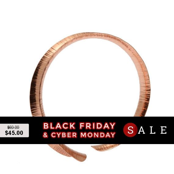 Excited to share the latest addition to my #etsy shop: Black Friday 7 Year Anniversary Gift Thin Chased Copper Anticlastic Bangle 7th Anniversary Gift For Her Seven Year Anniversary Gift Copper http://etsy.me/2zuuaGo #jewelry #bracelet #copper #no #women #yes #geometric #annivers
