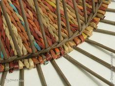 Мастер-класс Поделка изделие Плетение Поднос или утилизация трубочек Бумага газетная Трубочки бумажные фото 8