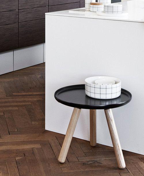Stolek Normann Copenhagen Tablo Table malý černý | DesignVille