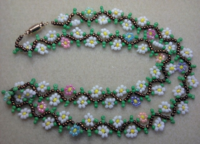 Flower Power necklace on Tophatter