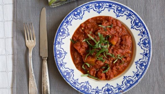 aubergine curry | madeline shaw