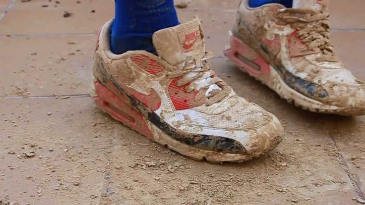 awesome  #90 #after #airmax #barro #muddy #nike #rek1 #scally #scarpe #smellysocks #soccer #socks #squalo #umbro #with #zapas Nike Airmax 90 after muddy with Umbro soccer socks http://www.pagesoccer.com/nike-airmax-90-after-muddy-with-umbro-soccer-socks/
