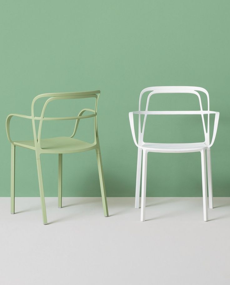Die cast aluminium #chair with armrests INTRIGO by PEDRALI   #design Claudio Dondoli, Marco Pocci